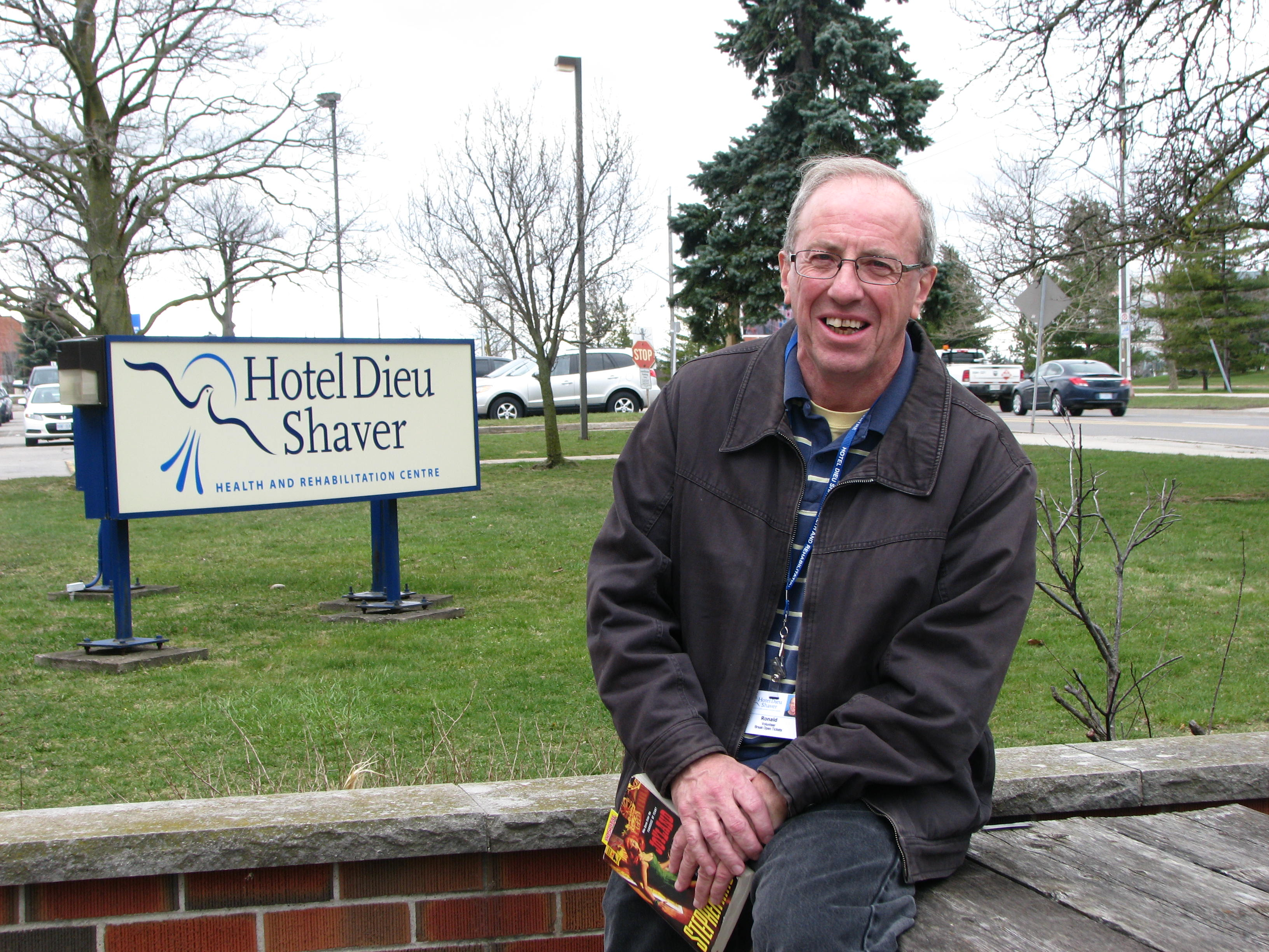 Volunteer | Donations of Time | Hotel Dieu Shaver Foundation